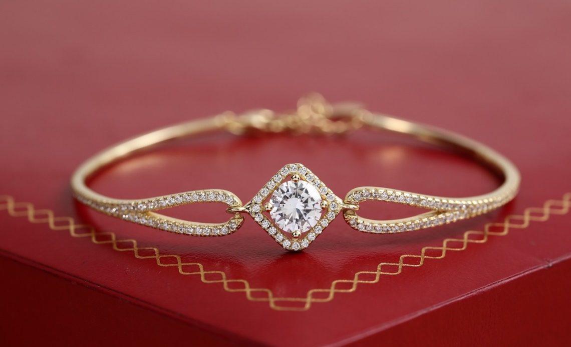 bracelets pour une femme