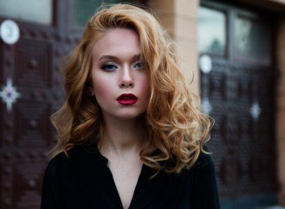 belle femme rousse