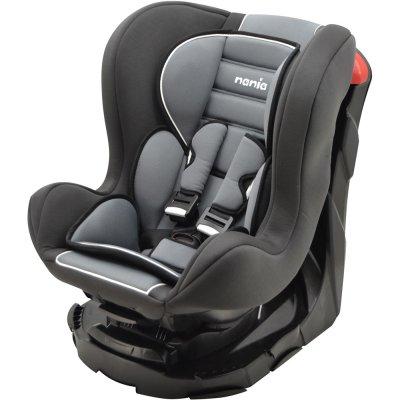 chaise de voiture pour un bébé